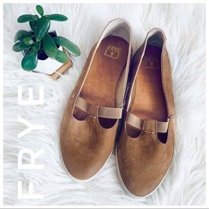 FRYE Soft Leather Flats comfortable style